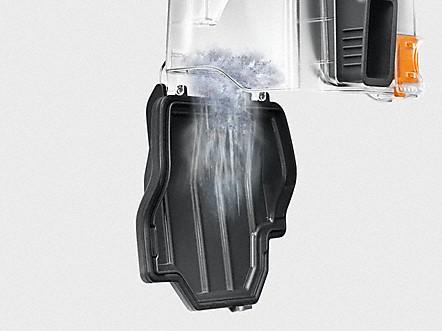 Bin of the vacuum emptying